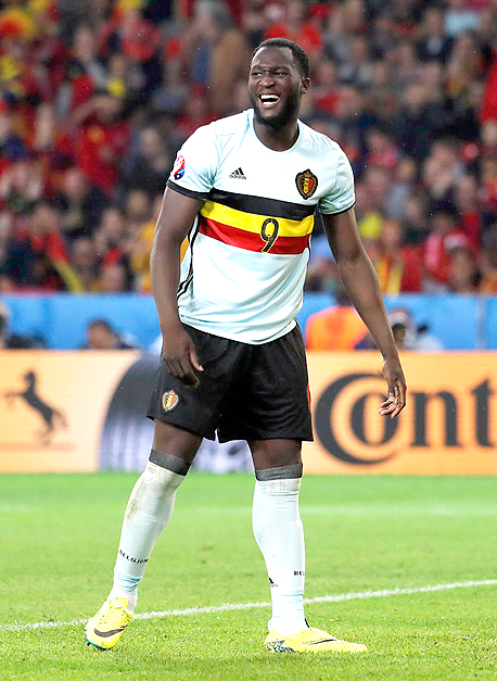 רומלו לוקאקו מנבחרת בלגיה. חלק גדול מהמועדונים בבלגיה עברו מלשחק עם 8% שחקני בית בסגל ל־50%–60% שחקני בית, צילום: רויטרס