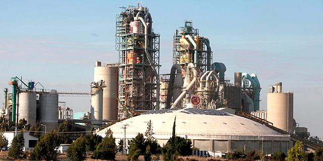 מפעל נשר ברמלה , צילום: אריאל שרוסטר