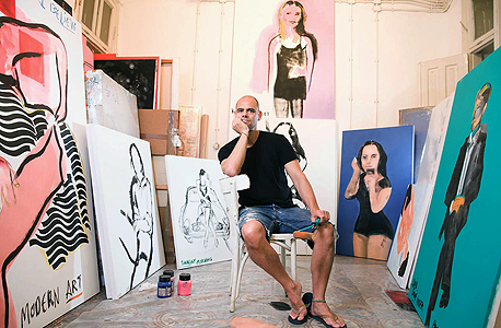 שקין עם הציורים