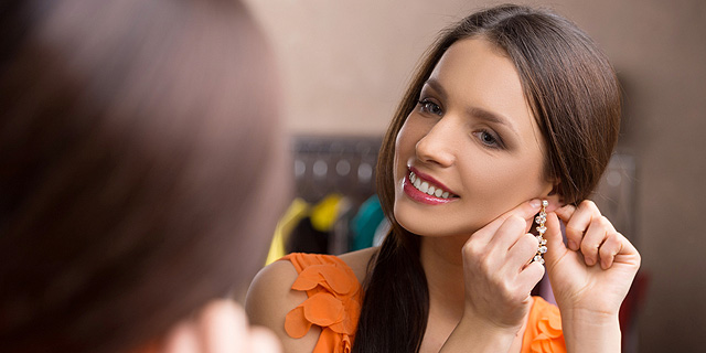 עובדים, שפרו הופעתכם: האם מותר למעסיק לכפות לבוש ומראה?
