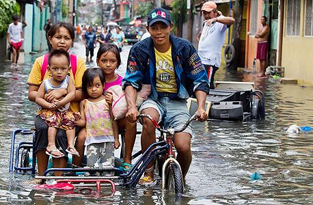 שטפונות במנילה, הפיליפינים ב-2012