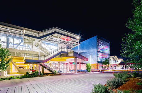 בניין מגורים דירות להשכרה פייסבוק עמק הסיליקון תכנון פרנק גרי, צילום: פייסבוק