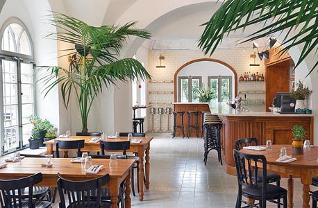 מסעדת אנה בירושלים. מעסיקה נוער בסיכון