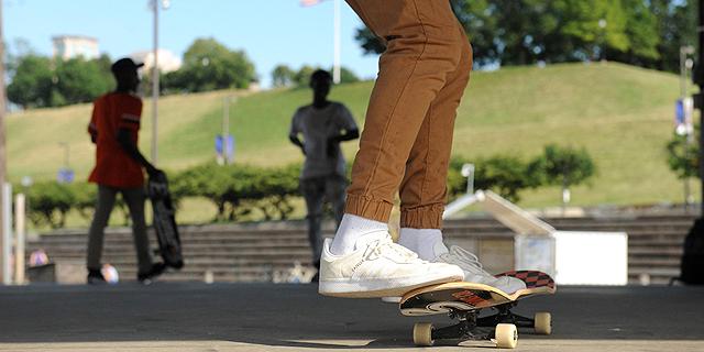 """סקייטבורד. הוועד האולימפי הבינלאומי בחר בענפים הללו בעיקר בגלל שהם נחשבים ל""""צעירים"""". , צילום: אם סי טי"""