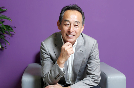 Samsung President and Chief Strategy Officer Young Sohn. Photo: Amit Sha'al