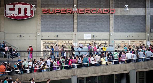 תור לסופרמרקט בוונצואלה, צילום: arcticcompass