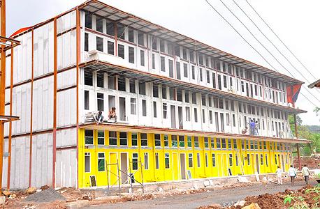 אתר הבנייה של המלון בהודו