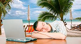 עובד עייף עייפות ימי חופשה, צילום: שאטרסטוק