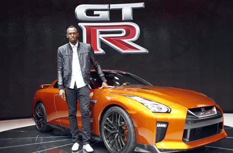 תן פרסום קבל מכונית. במיוחד בשבילו - ניסאן GT-R מוזהבת, צילום: Nissan