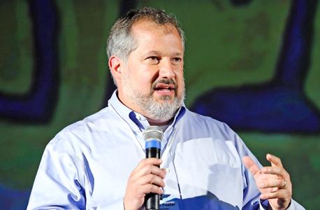 ויליאם פוסטר שותף וראש חטיבת הייעוץ בחברת הייעוץ אסטרטגי לשינוי חברתי Bridgespan