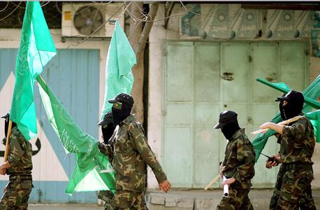 חיילי הזרוע הצבאית של חמאס, צילום: אי פי איי