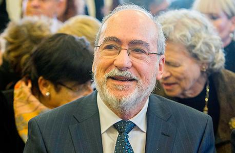 נשיא בית המשפט העליון בדימוס אשר גרוניס. יגשר בין הצדדים