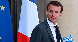 עמנואל מקרון שר הכלכלה של צרפת התפטר , צילום: איי אף פי
