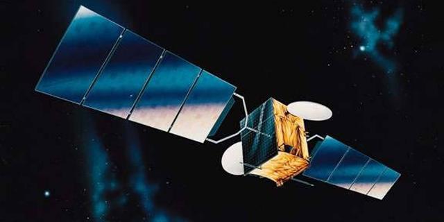 עם רוח גבית מפייסבוק: חלל תנסה לגייס היום מיליארד שקל