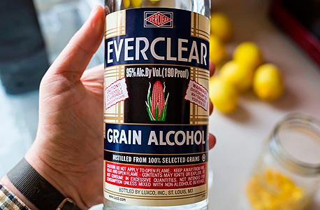 אוורקליר Everclear משקאות חריפים אלכוהול , צילום: travel and leisure