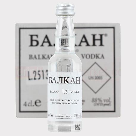 וודקה בלקן 176Balkan משקאות חריפים אלכוהול , צילום: travel and leisure