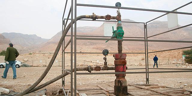 קידוח נפט, צילום: עמית שעל