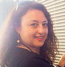 """סיגל אלמי, מורה לת""""ך ומחנכת בבית ספר שבח מופת בתל אביב. """"אני מהמורים שבונים קשר אישי המבוסס על הבנה וכבוד הדדי"""""""
