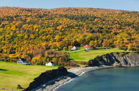 האי קייפ ברטון, קנדה. יפה אך מרוחק