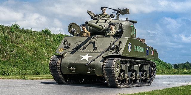 """יד ראשונה ממלחה""""ע השנייה: טנק שרמן מהקרב על פריז ב-440 אלף דולר"""