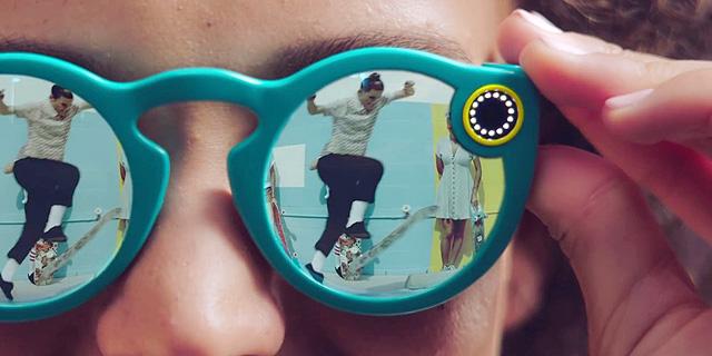סנאפצ'ט מסתכלת קדימה: משיקה משקפי שמש עם מצלמה