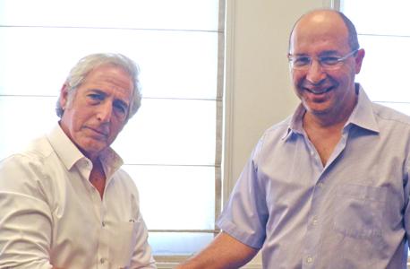 """יו""""ר ההסתדרות אבי ניסנקורן ומנכ""""ל ארגון חברות האבטחה פיני שיף, צילום: באדיבות ההסתדרות"""