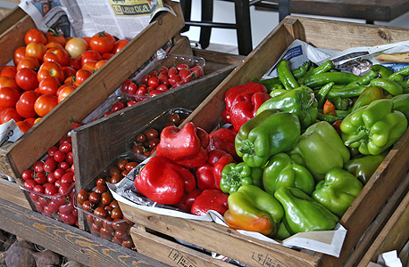 פלפלים בחנות ירקות