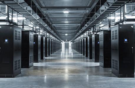 מרכז הנתונים של פייסבוק , צילום: Facebook Mark Zuckerberg