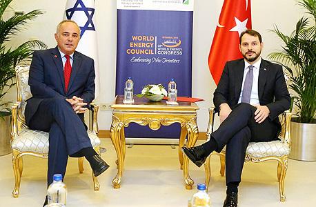 שר האנרגיה של טורקיה בראט אלבייראק ו יובל שטייניץ שר האנרגיה