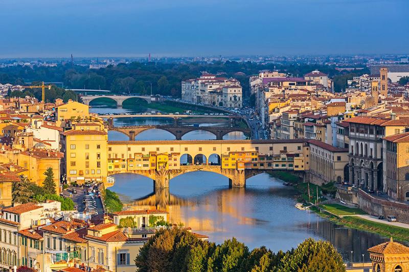 3. פירנצה, איטליה: לפירנצה אין מתחרות בכל הקשור להיסטוריה, האמנות והאדריכלות שהיא מציעה, שמצרפות ליופי שלה ולאוכל האיכותי