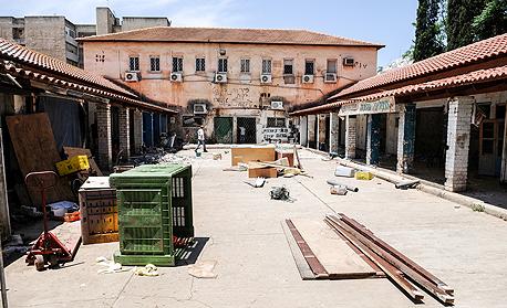 השוק בכפר סבא לפני השימור. התהליך מעלה את שכר הדירה באזור