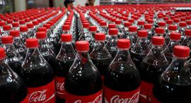 בקבוקי קוקה קולה , צילום: איי פי