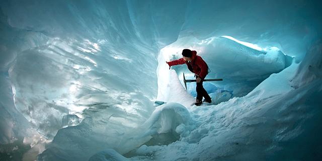 מערת קרח בניו זילנד (ארכיון), צילום: glaciercountry