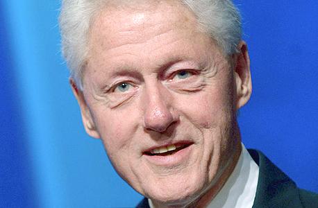 """הנשיא לשעבר ביל קלינטון. """"הצלחתי לשכנע בכירים בממשל שלט שאין בעיה חוקית עם הייעוץ"""""""