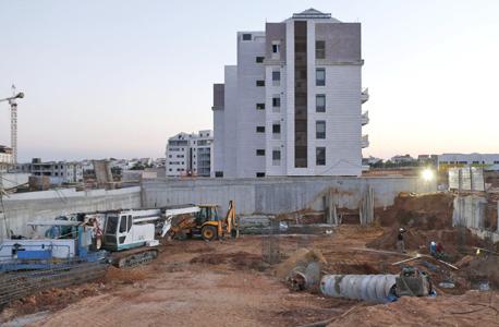 אתר הבנייה בשכונת נווה זמר ברעננה, צילום: עמית שעל