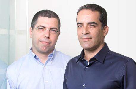 מימין קובי סמבוסקי ואריק קליינשטיין