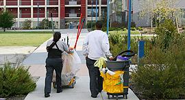 עובדי ניקיון ניקיון, צילום: shutterstock