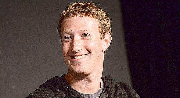 מייסד פייסבוק מארק צוקרברג. לא מתמודד עם הפעלת לחץ ציבורי
