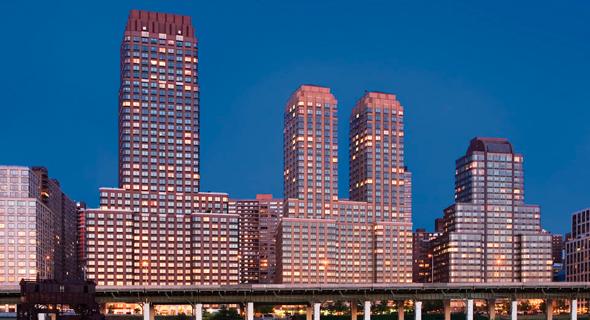 בנייני טראמפ פלייס במנהטן, ניו יורק, צילום: equityapartments