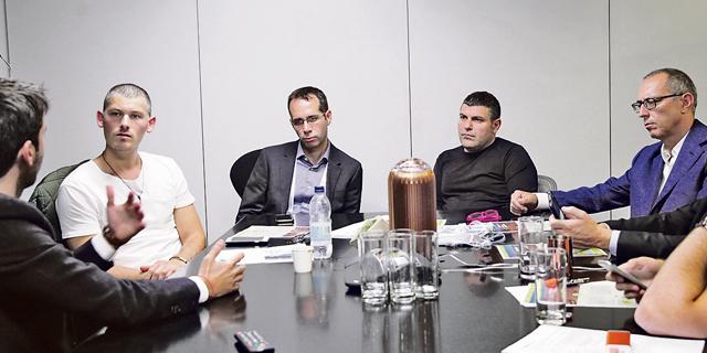 ירון שידלו, טדי שגיא, הדן אורנשטיין וגיא וייס בשיחה עם עידו הולצמן, צילום: אוראל כהן