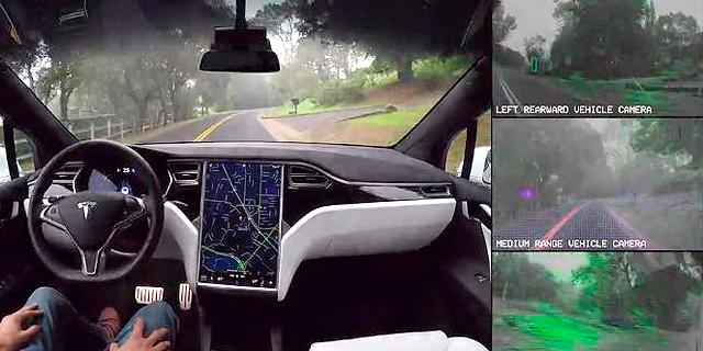 שוב זה קורה: נהג ברכב אוטונומי של טסלה ישן תוך כדי נסיעה בכביש מהיר
