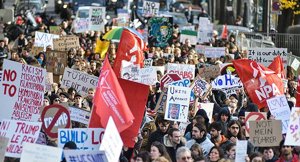 הפגנה נגד דונלד טראמפ ב פריז, צילום: אם סי טי