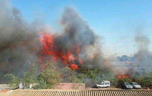 שריפה באזור המוסכים בחיפה