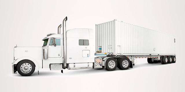 אינטרנט מהיר? אמזון מעבירה מידע במשאיות