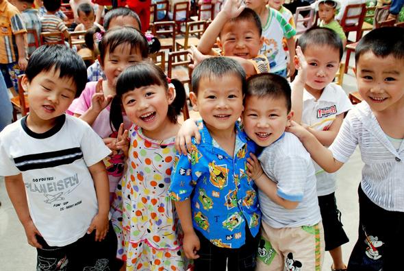 ילדים סינים, צילום: שאטרסטוק