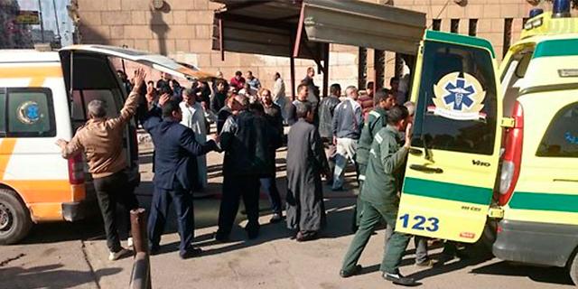 לפני הכריסמס: 22 נהרגו בפיצוץ בכנסייה בקהיר