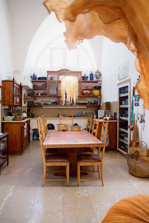 ביתה של תמרה יובל ג׳ונס
