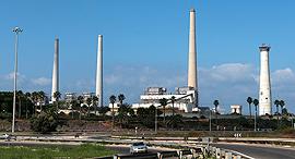תחנת כוח חברת החשמל ארובות חדרה, צילום: אלעד גרשגורן