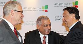 מימין לב לבייב, פיני כהן וערן הלפרן, צילום: אוראל כהן