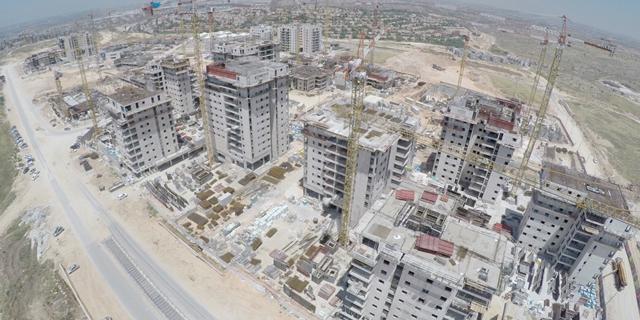 ראש העין ומשרד הבינוי במגעים להנעה מחדש של הסכם הגג לבניית אלפי דירות
